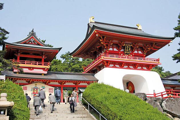 Akama-jingu shrine Shimonoseki shore excursions