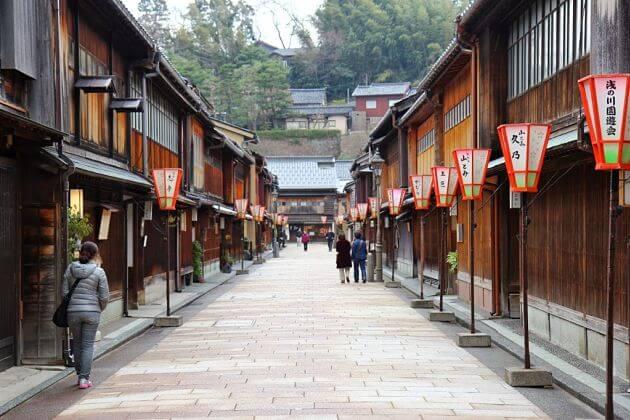 Higashi Chayamachi Geisha Street