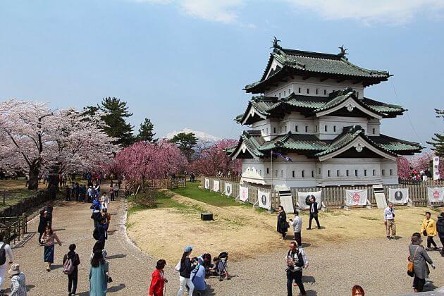 Hirosaki Castle Park in Aomori shore excursions