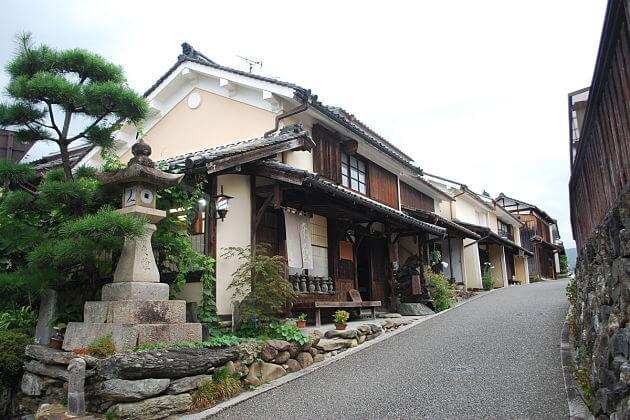 Kamihaga Residence Uchiko from Matsuyama port