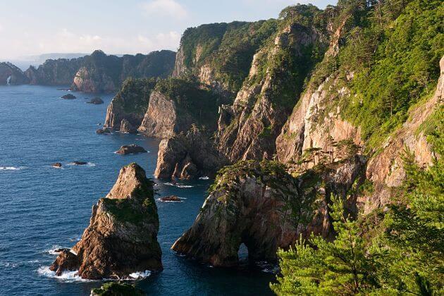 Kitayamazaki Cliffs Iwate shore excursions