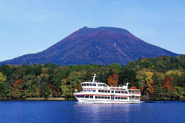 Lake Akan attractions Kushiro shore excursions