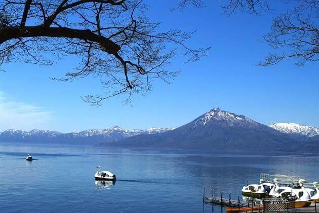 Lake Shikotsu attractions Muroran shore excursions