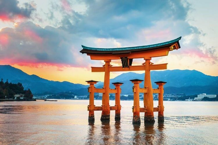 Miyajima-Hiroshima-shore-excursions