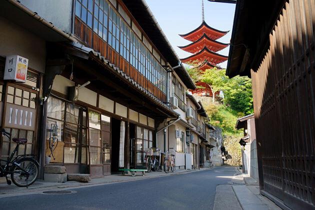 Miyajima Machiya Street Hiroshima shore excursions
