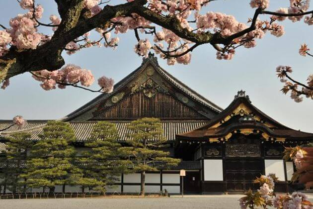 Nijo Castle attraction Kyoto tours from Kobe port
