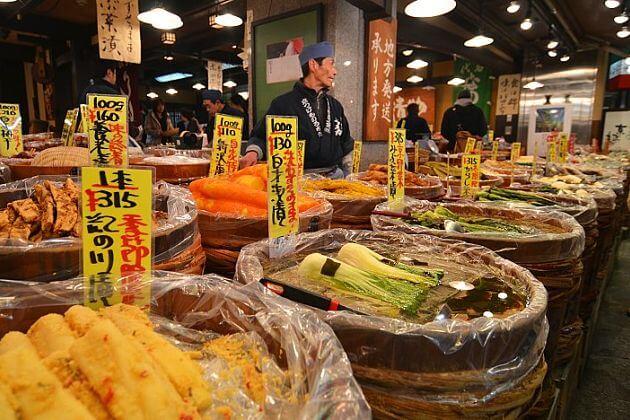 Nishiki-Market-Kyoto-tours-from-cruise-port