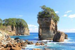 Sannoiwa Rocks Iwate shore excursions