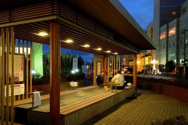 Yunokawa-Onsen-experience-hakodate-shore-excursions