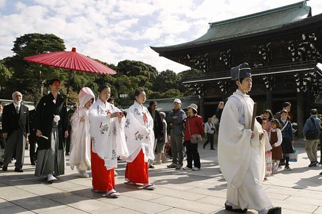 shore excursions Japanese wedding
